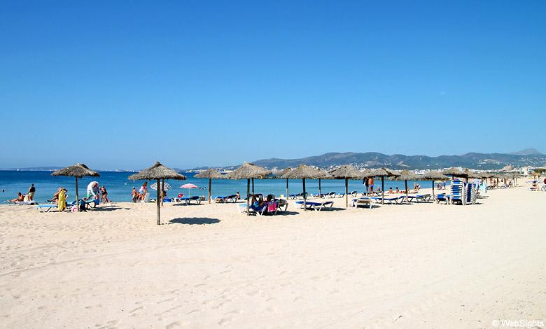 Ciutat Jardi strand