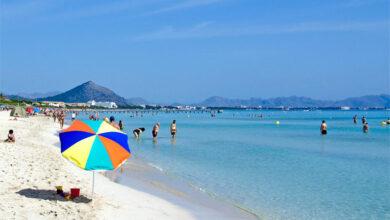 Es Comu beach